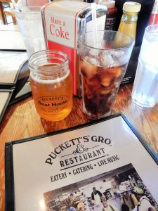 Puckett's Groceries and Restaurant