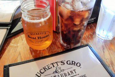 Puckett's Groceries and Restaurant